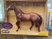 SMART CHIC OLENA BREYER HORSE WITH BOX